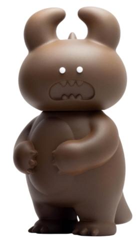 Chocolate_dino_uamou_white_eyes-uamou_ayako_takagi-dino_uamou-self-produced-trampt-320520m