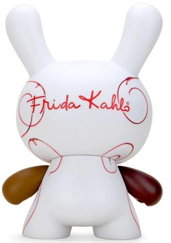 8_masterpiece_dunny__2_fridas-frida_kahlo-dunny-kidrobot-trampt-321188m