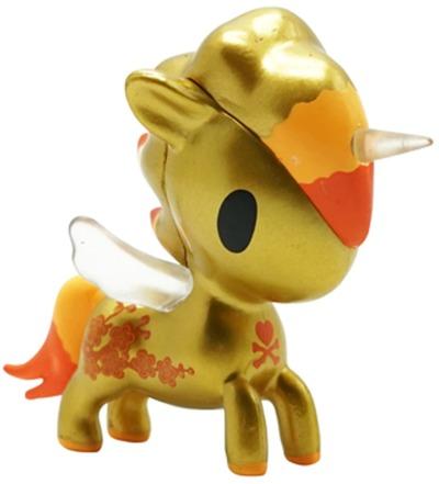 Year_of_the_horse_unicorno-tokidoki_simone_legno-unicorno-self-produced-trampt-325239m