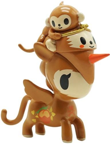 Year_of_the_monkey_unicorno-tokidoki_simone_legno-unicorno-self-produced-trampt-325241m