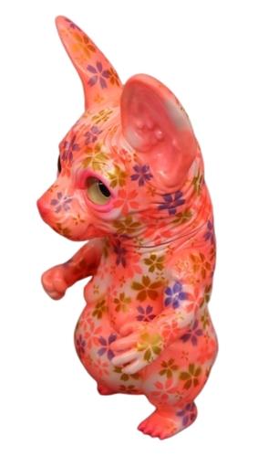 Cherry_blossom_hairless_cat-toshihiko_ito_painter-net-hairless_cat-self-produced-trampt-325297m