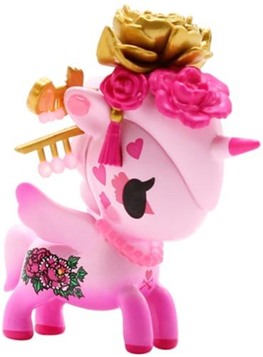 Peony_unicorno-tokidoki_simone_legno-unicorno-self-produced-trampt-326651m