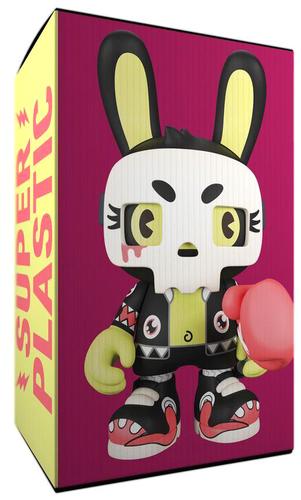 Fever_dream_fashion_superguggi-huck_gee-guggimon-superplastic-trampt-326721m