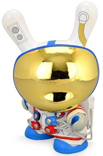Eva_astronaut__the_stars_my_destination-kidrobot-dunny-kidrobot-trampt-330177m