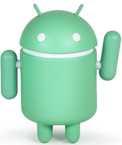 Standard_android_2021-andrew_bell_google-android-dyzplastic-trampt-330882m