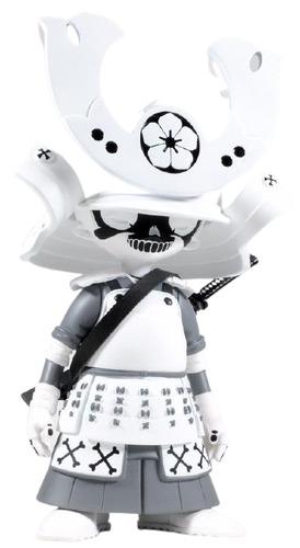 Yurei_kid_katana-2petalrose-kid_katana-unbox_industries-trampt-331057m