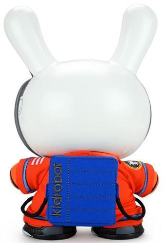 Orion_aces_astronaut__the_stars_my_destination-kidrobot-dunny-kidrobot-trampt-333248m
