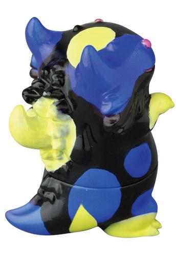 Yellow_and_blue_vag_rangeron-shoko_nakazawa_koraters_t9g_takuji_honda-vag_vinyl_artist_gacha-medicom-trampt-336048m