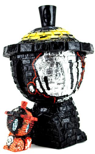 40oz_even_in_the_darkest_times_brickbot-chris_rwk-canbot-trampt-336469m