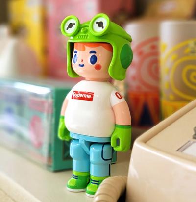 Anatoy_mr_frog-kong_andri-anatoy-dandesign-trampt-336990m