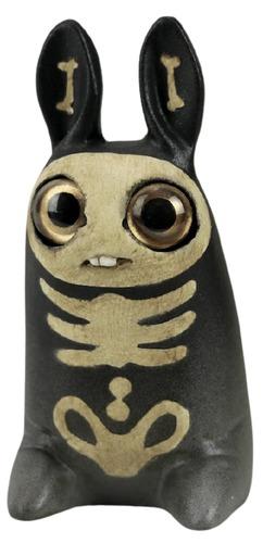 Vintage_skeleton_pipsqueak-amanda_louise_spayd-pipsqueak-self-produced-trampt-337807m