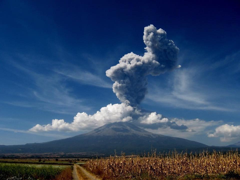 Popocatepetl tomado desde lomas de Metepec, Atlixco Puebla