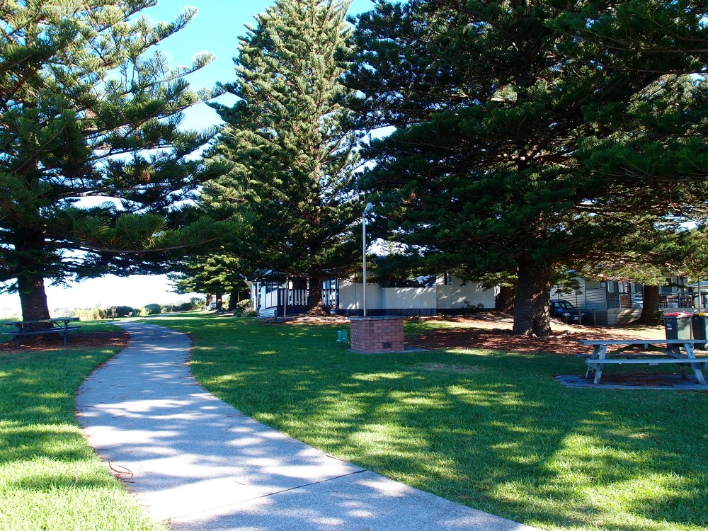 Surf Beach holiday park is located at the Kiama Surf Beach