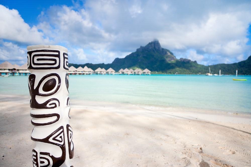 Bora Bora on a budget Buy handmade souvenirs