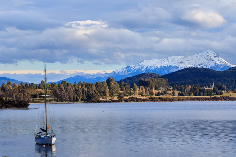 Things to Do in New Zealand South Island - Lake Te Anau