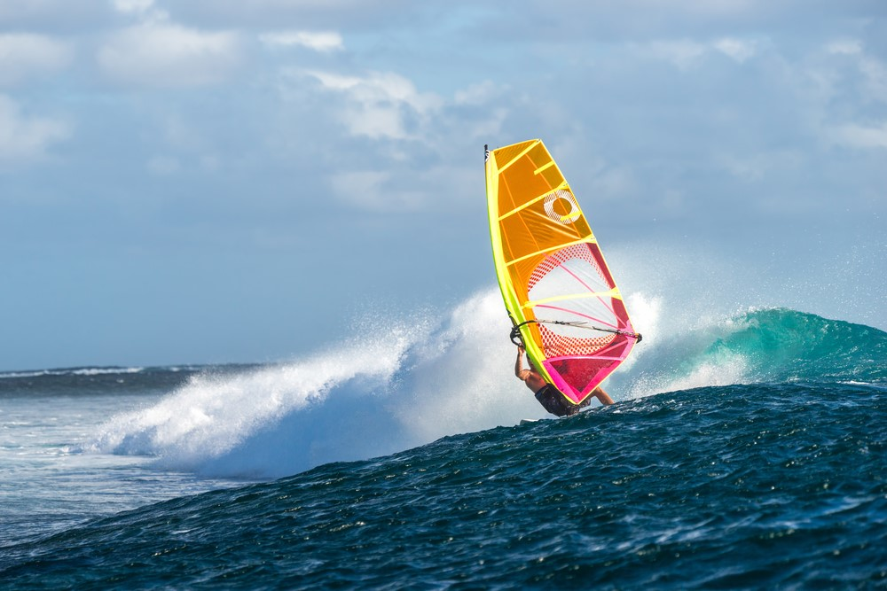 Activities and attractions on the Maldives Windsurfing