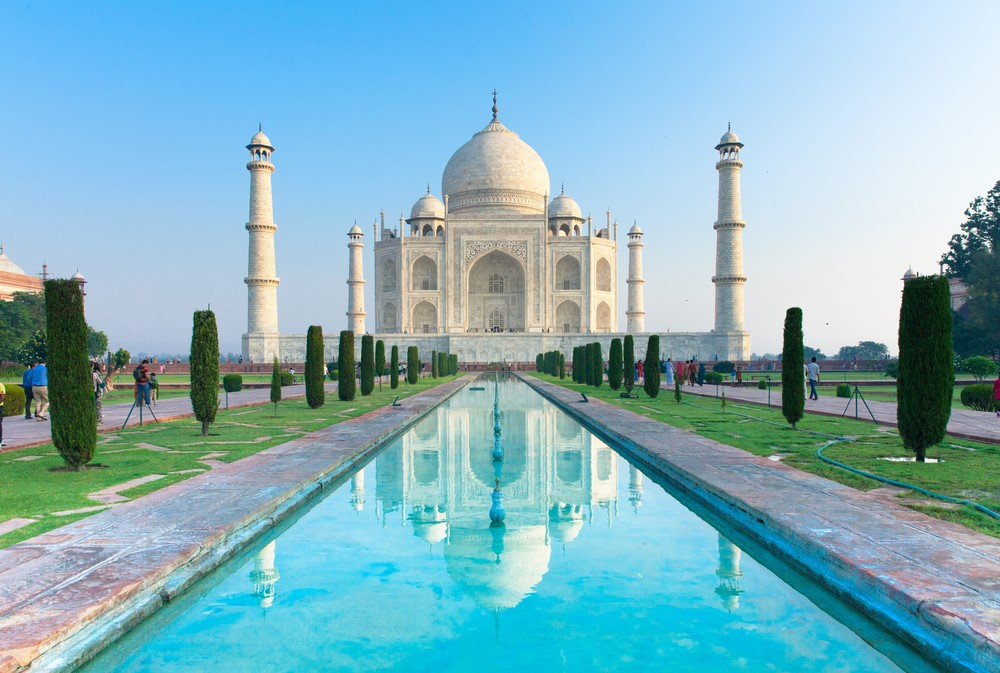 Things to do in India Experience the beauty of the Taj Mahal and other Indian temples