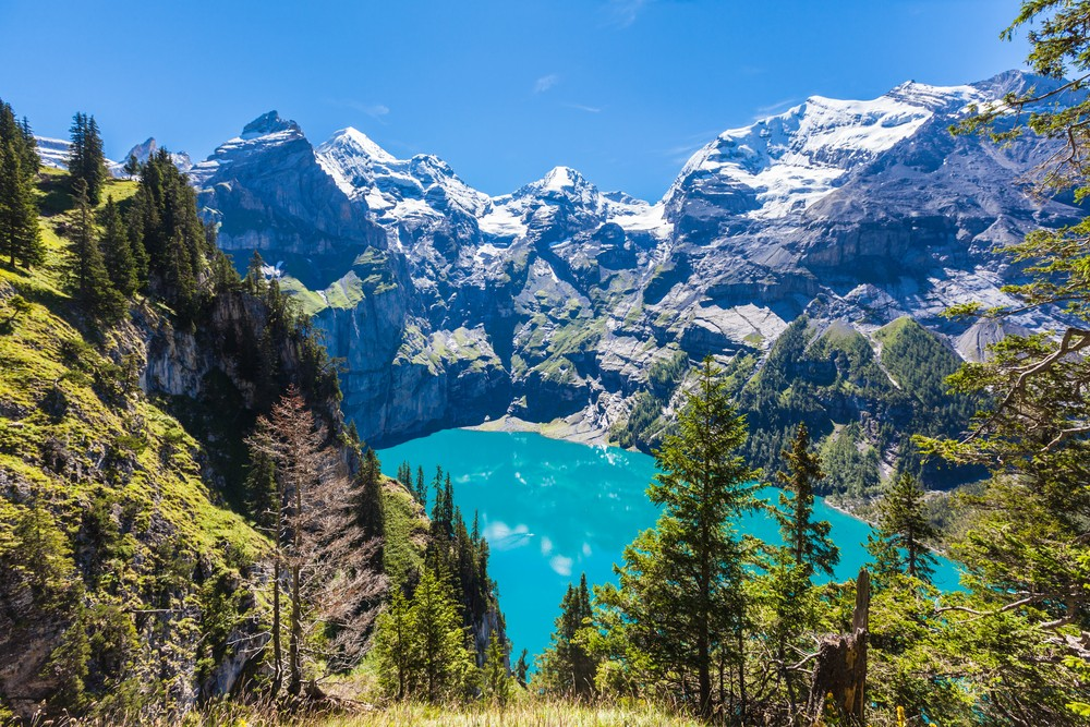 20 Most Amazing Places to Visit Before You Die - Lake Oeschinen