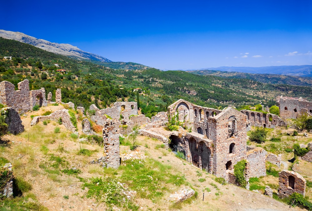 15 Must-See Places In Greece - Mystras