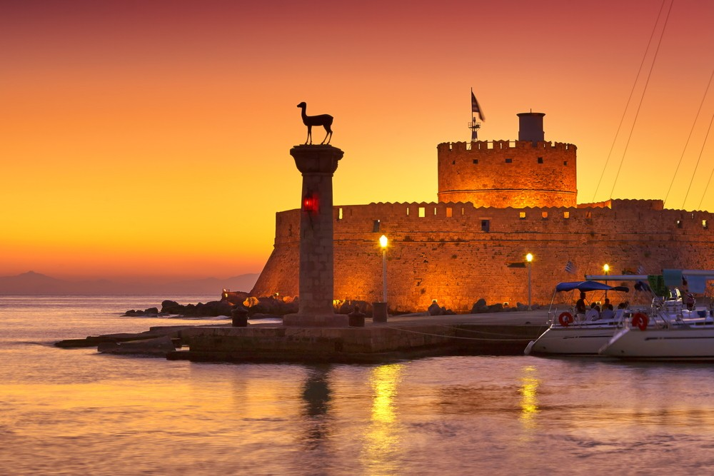 15 Must-See Places In Greece - Rhodes
