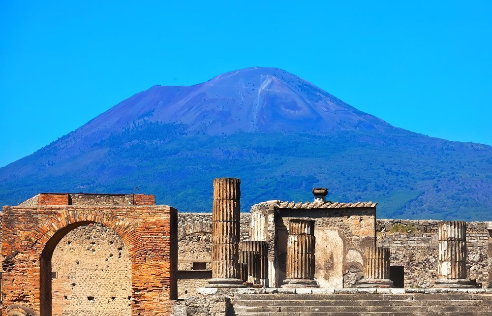 Things you should do in Italy Go back in time with Pompeii