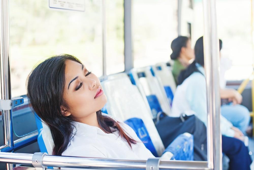 10 Weirdest Things in Japan - Public Sleeping