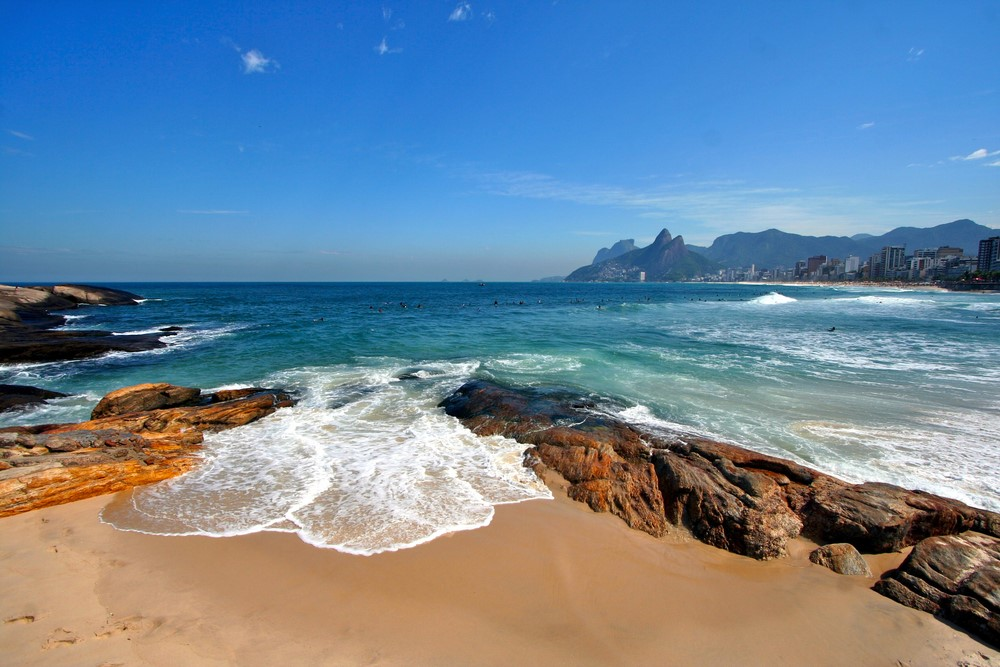 What to do in Rio de Janeiro Sunbathe on the Ipanema Beach