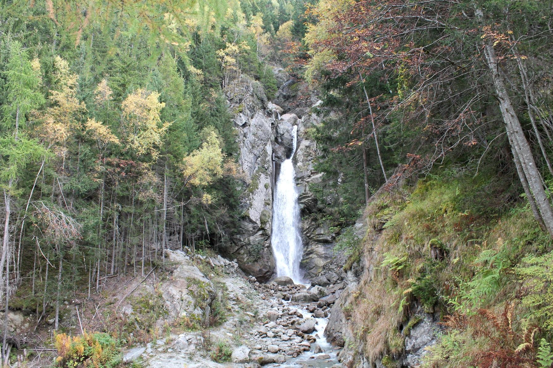 Hiking to Cascade Du Dard and Glacier Cerro, Chamonix, France