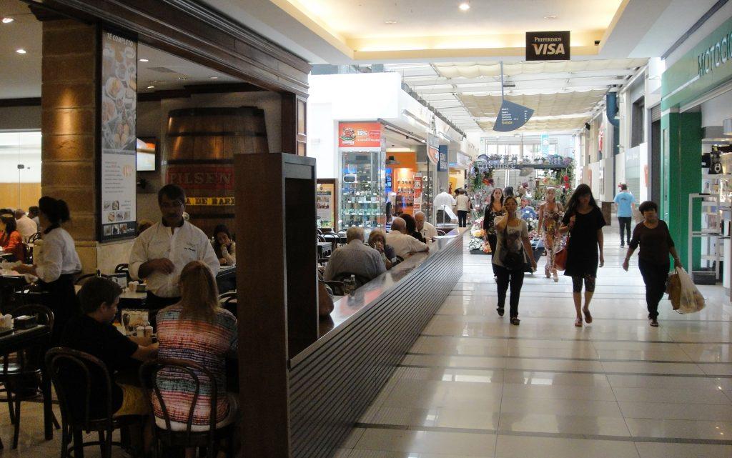 restaurant punta carreras mall