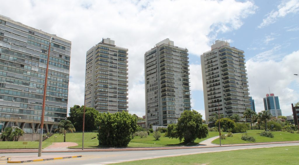 high rises in montevideo