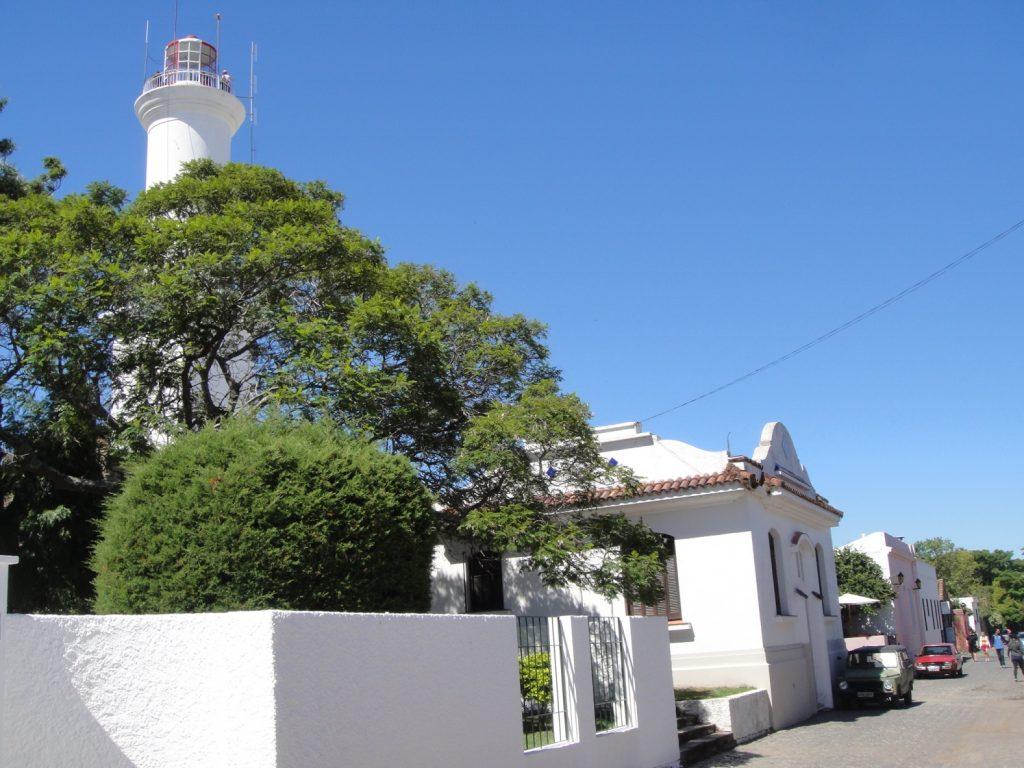 lighthouse in colonia del sacramneto