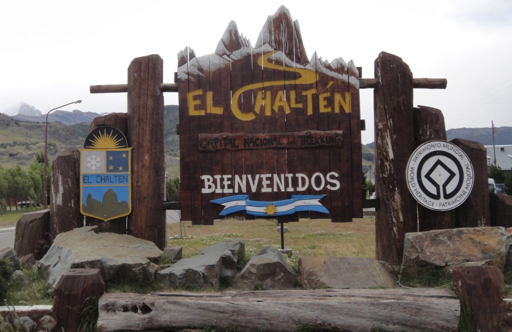 El Chalten town welcome sign