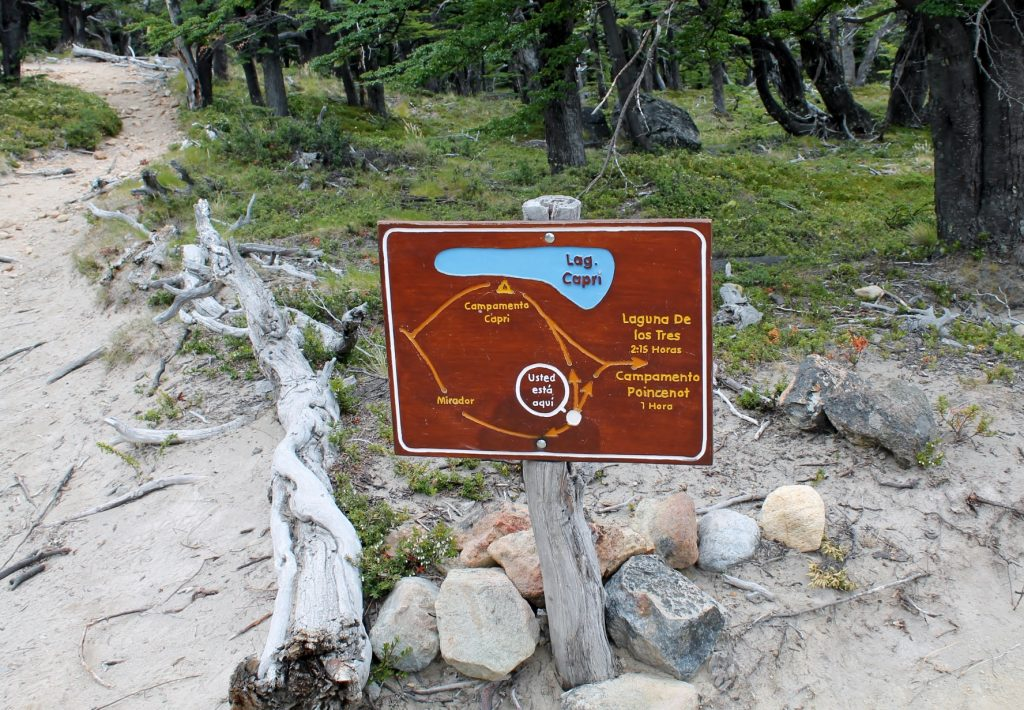 direction on laguna de los tres trail