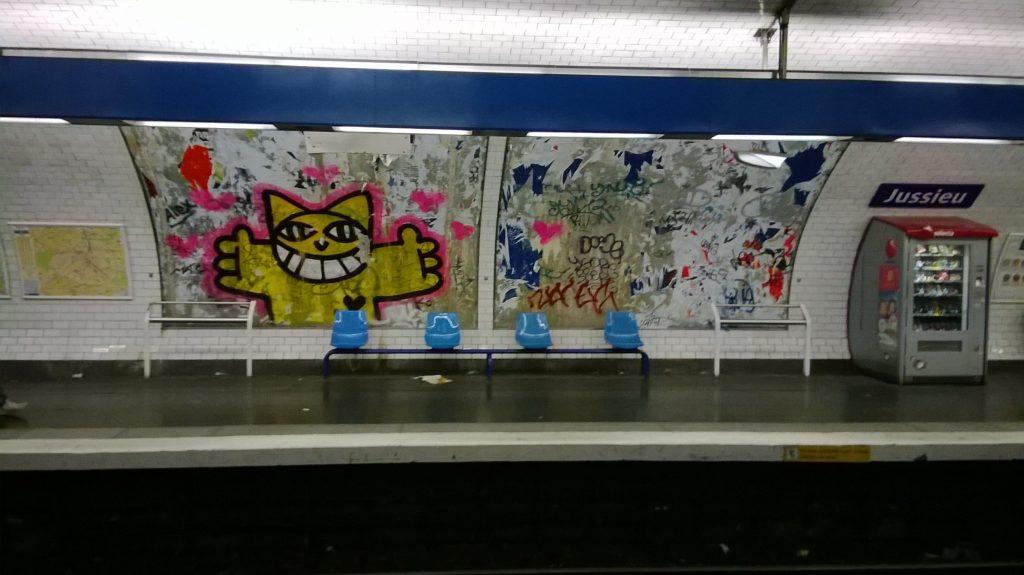 jussieu metro graffiti
