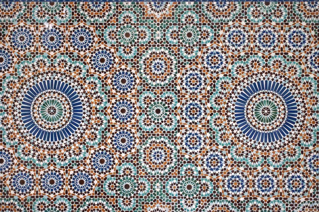 mosaic tile at mosque of paris