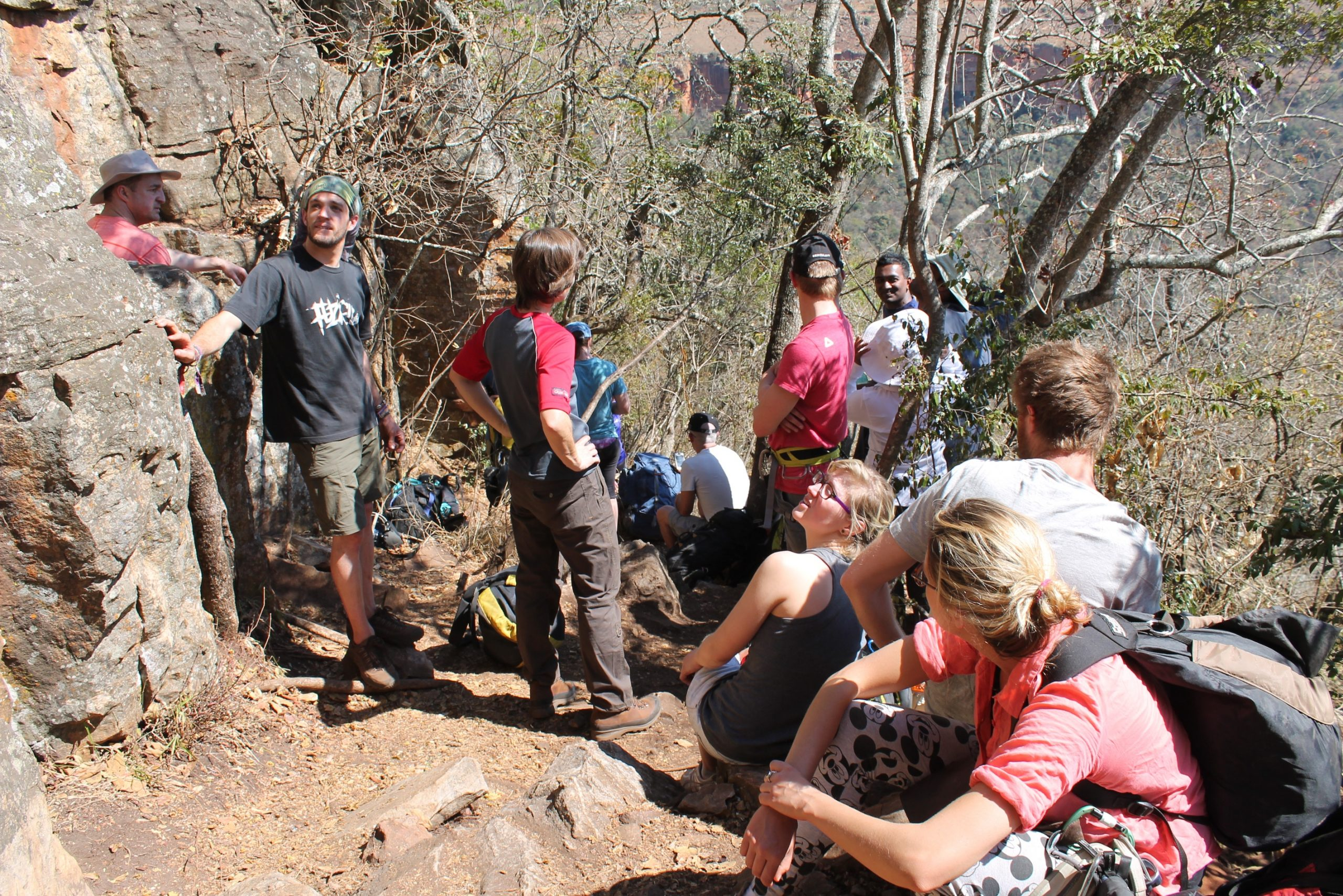 climbers waterval boven crags