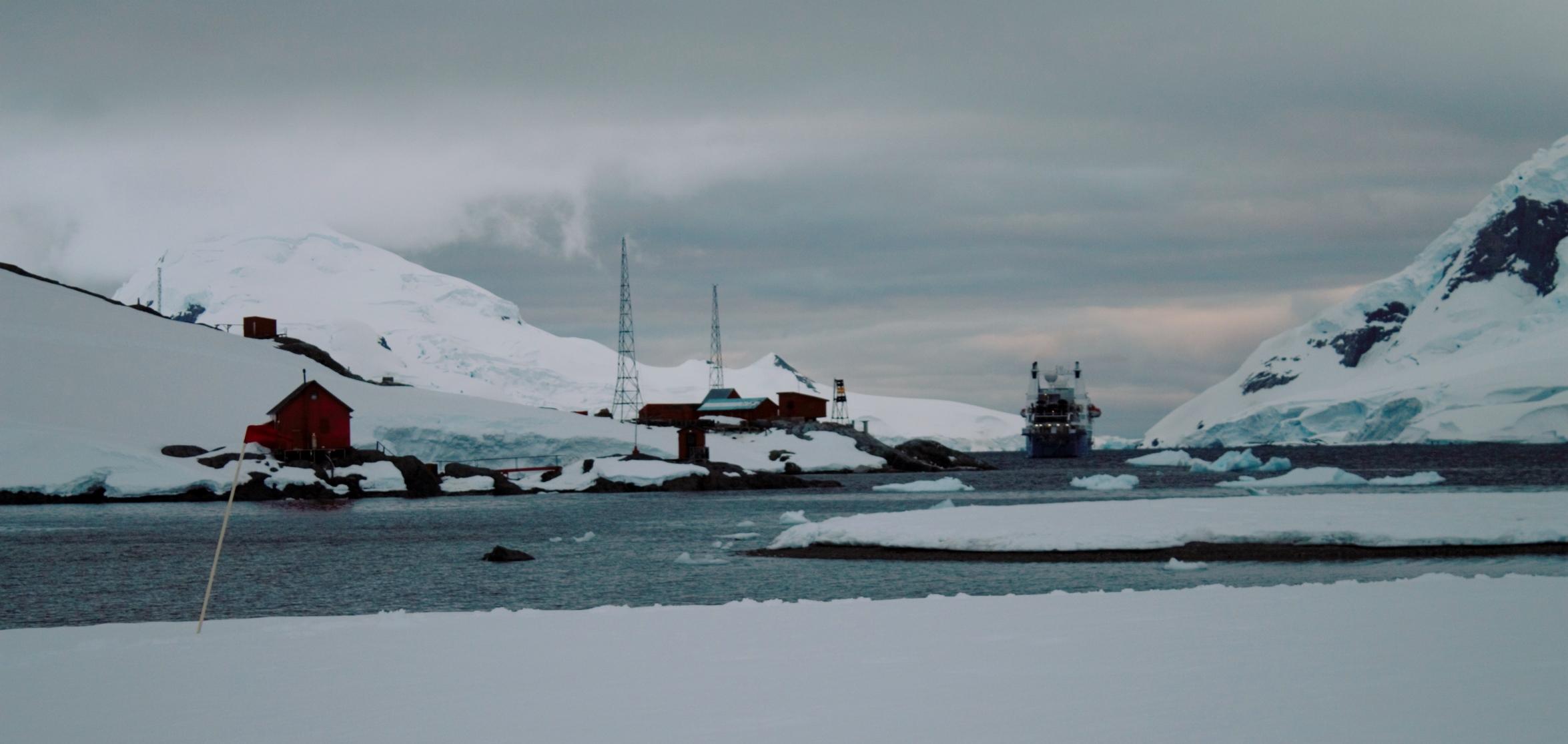 ship Leith Point