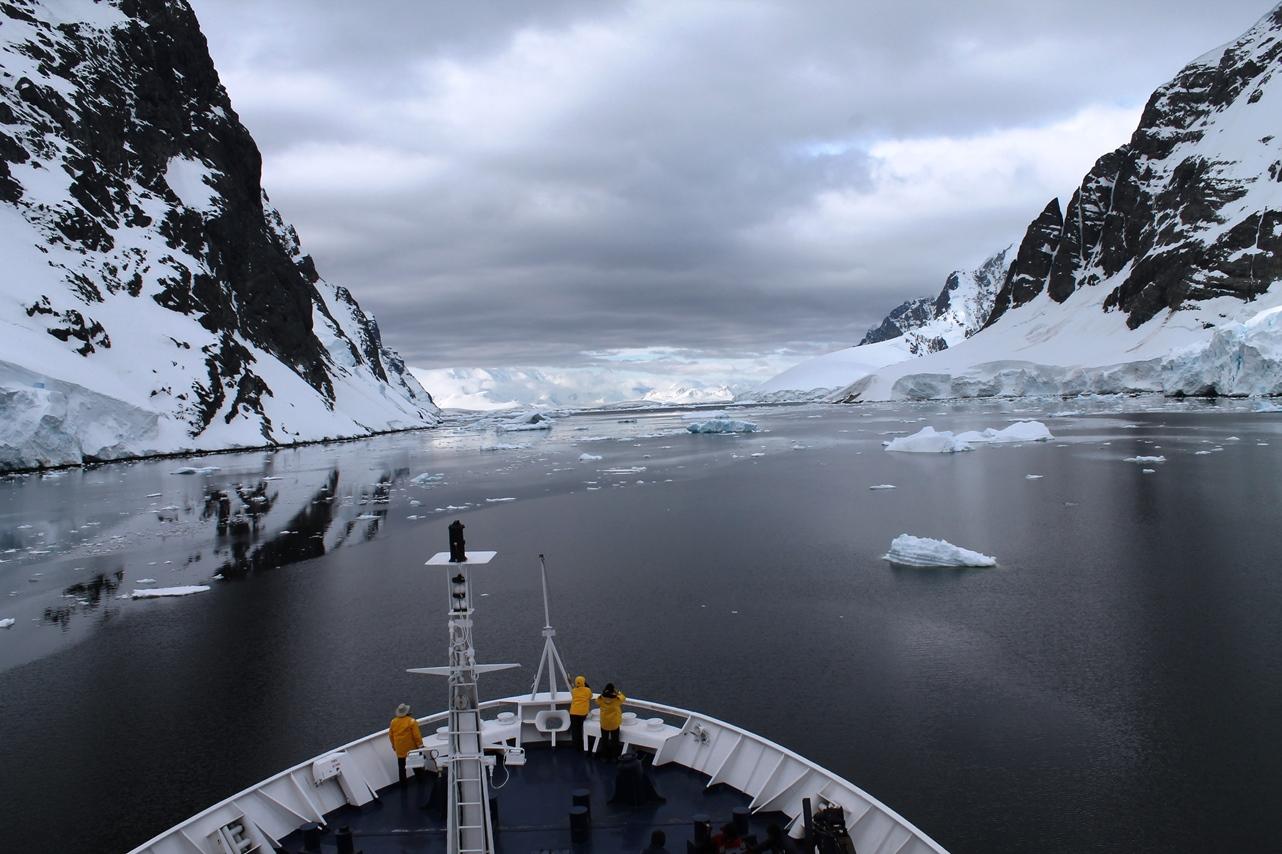 Exploring Antarctica with Quark Expeditions on the Ocean Diamond