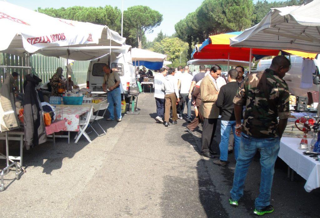 vendors mosque rome