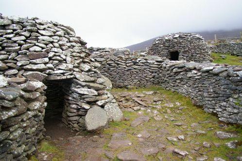 Fahan_beehive_huts