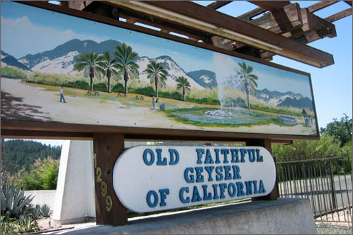 Old_faithful_calistoga