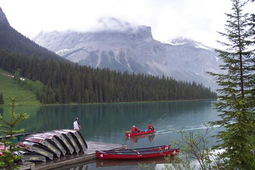 Emerald_lake