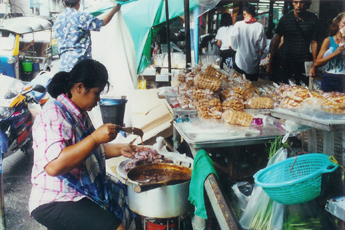 Sweet_vendor_1