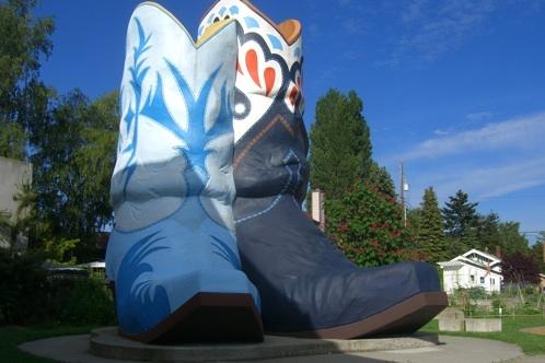 [Image: cowboy_boots.jpg]
