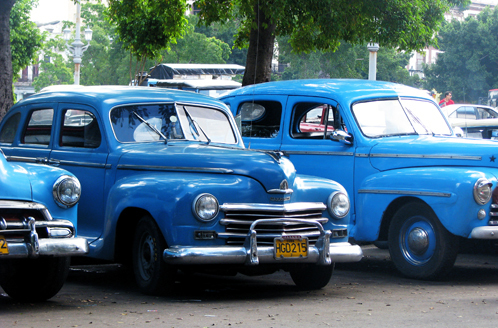 Havana_cars