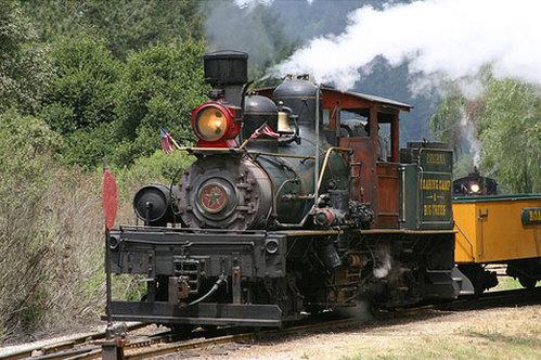 Santa_cruz_train