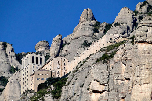 800px-abbey_of_montserrat_01