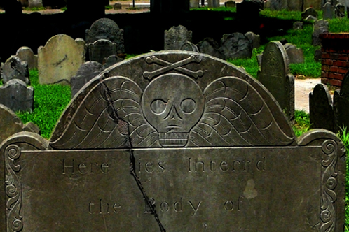 Boston_-_old_granary_cemetary