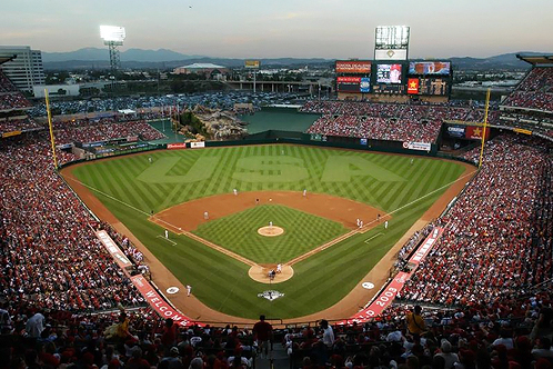 800px-angel_stadium_of_anaheim