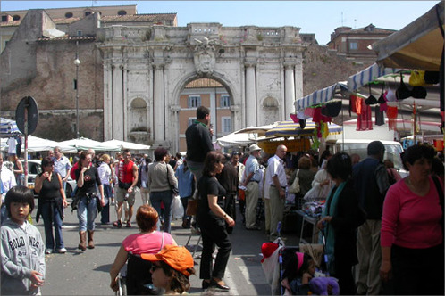 Rummaging-in-the-secondhand-markets-on-via-portuense-in-rome